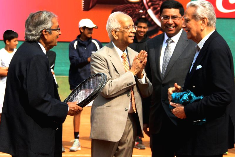 West Bengal Governor Keshari Nath Tripathi along with Akhtar Ali, Naresh Kumar (former Davis Cup captain) at the inauguration of SUPER SERIES 2015, tennis tournament in Kolkata on Jan 27, ... - Keshari Nath Tripathi and Naresh Kumar