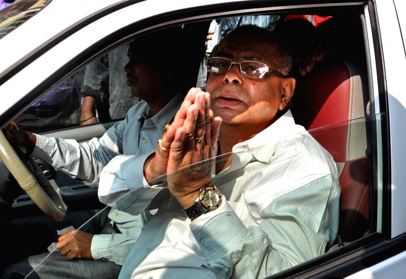 West Bengal Textiles Minister Shyama Prasad Mukherjee arrives to appear before CBI in connection with multi-crore-rupee Saradha chit fund scam in Kolkata, on Nov 21, 2014. - Shyama Prasad Mukherjee