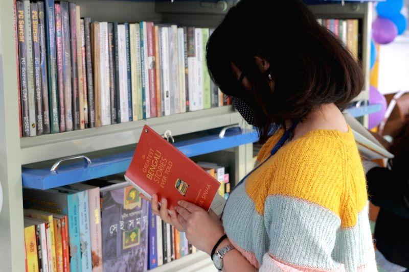 Kolkata Young Readers Boat Library launched.