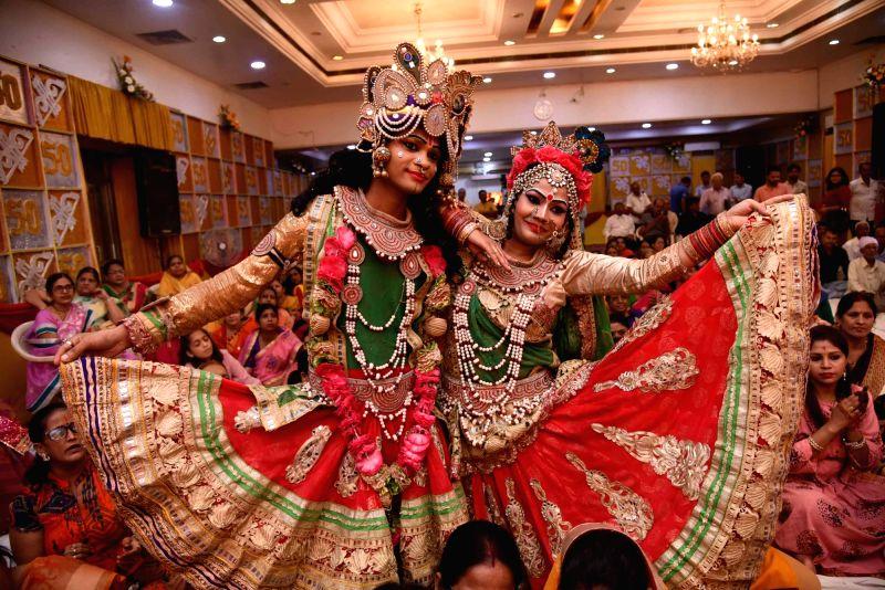 Krishna Janmashtami celebrations underway in Patna