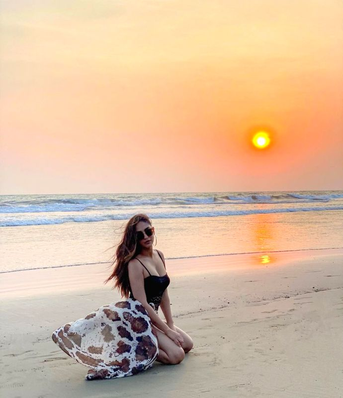 Krystle D'souza posts a pic from the beach