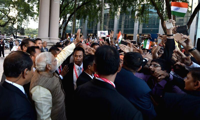 Kuala Lumpur: Prime Minister Narendra Modi arrives at Kuala Lumpur, in Malaysia on November 21, 2015. - Narendra Modi