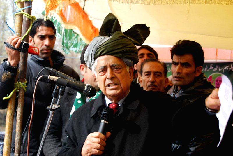 Peoples Democratic Party (PDP) patron Mufti Mohammad Sayeed during a rally ahead of assembly elections in Kulgam district of Jammu and Kashmir on Nov 29, 2014.