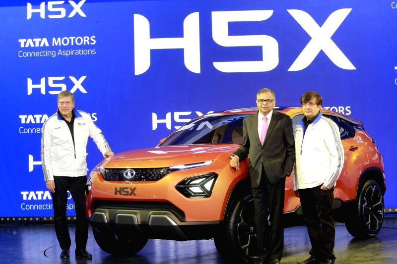 Auto expo 2018 tata intra truck h5x 45x for H and r auto motors