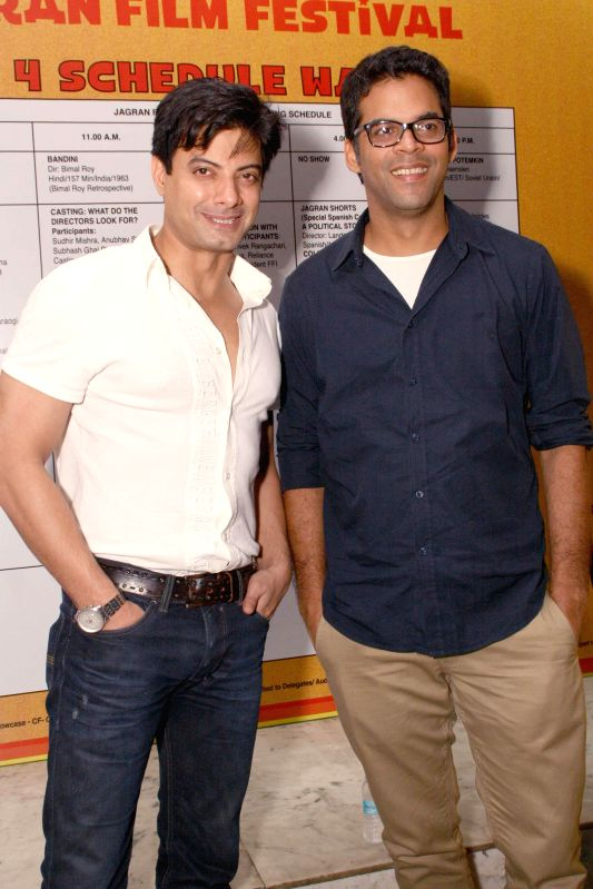 (L to R) Actor Rahul Bhatt with director Vikramaditya Motwane at the inanugural of 5th Jagran Film Festival, in New Delhi on July 5, 2014. - Rahul Bhatt