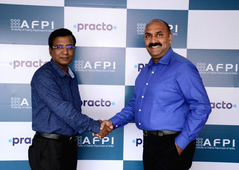 (L to R) Dr Raman Kumar, President, AFPI and Dr. Alexander Kuruvilla, Chief Healthcare Strategy Officer, Practo.