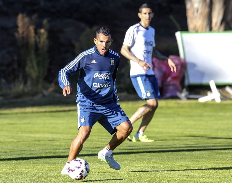 Carlos Tevez of Argentina's national soccer team, takes part in a training session, in La Serena, Chile, on June 9, 2015. Argentina will debut on the Copa America ...