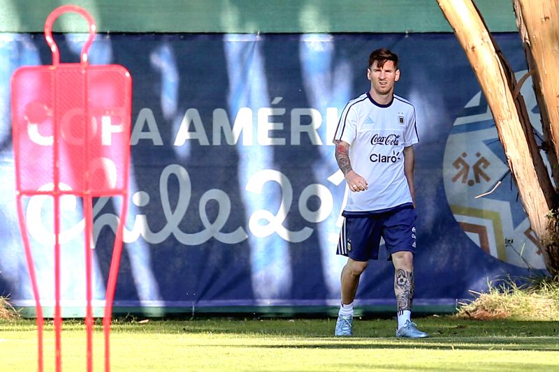 Lionel Messi, of Argentina's national soccer team, takes part in a training session, in La Serena, Chile, on June 9, 2015. Argentina will debut on the Copa ...