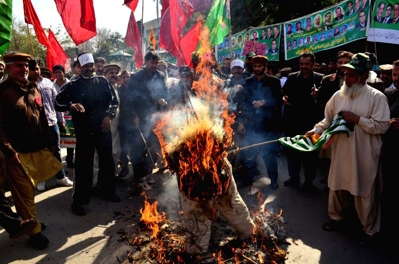 kashmir day in pakistan Pakistan observes kashmir solidarity day on feb 5 each year the tradition has continued for many decades since the armed uprising first began in the northernmost region of the subcontinent.