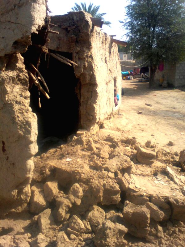 LASBELA, Jan. 31, 2018 - Photo taken on Jan. 31, 2018 shows a damaged house following an earthquake in southwest Pakistan's Lasbela. At least one child was killed and nine others injured as a ...