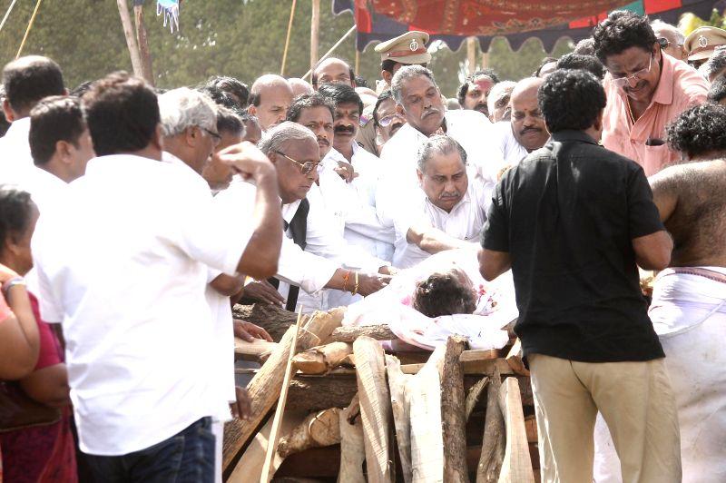 Last rites of filmmaker Dasari Narayana Rao underway in Hyderabad on May 31, - Dasari Narayana Rao