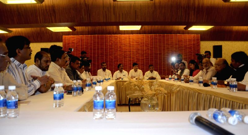 Leaders of Shivsena, BJP, Swabhimani Shetkari Sanghatana (SSS) and Republican Party of India (RPI) during a meeting in Mumbai on July 28, 2014.