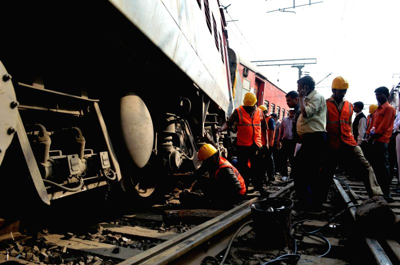 The derailed coaches of the New Delhi-bound Poorva Express at Liluah station on Dec 14, 2014. Twelve coaches of the train were derailed soon after departing from Howrah station, no injuries ..