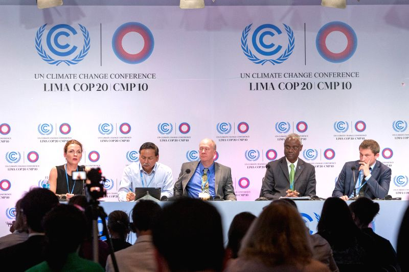 Lima (Peru): Participants attend a press conference releasing the first United Nations Environmental Programme (UNEP) Adaptation Gap Report in Lima, capital of Peru, Dec. 5, 2014. The first UNEP ...