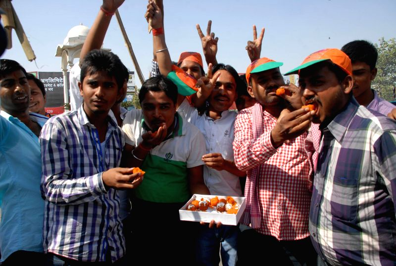 LJP and BJP workers together celebrate their performance in 2014 Lok Sabha Elections in Patna on May 16, 2014.