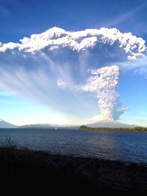 Image provided by Chile's National Service of Geology and Mining shows the Calbuco volcano after its eruption on April 22, 2015. The Chilean government has ...