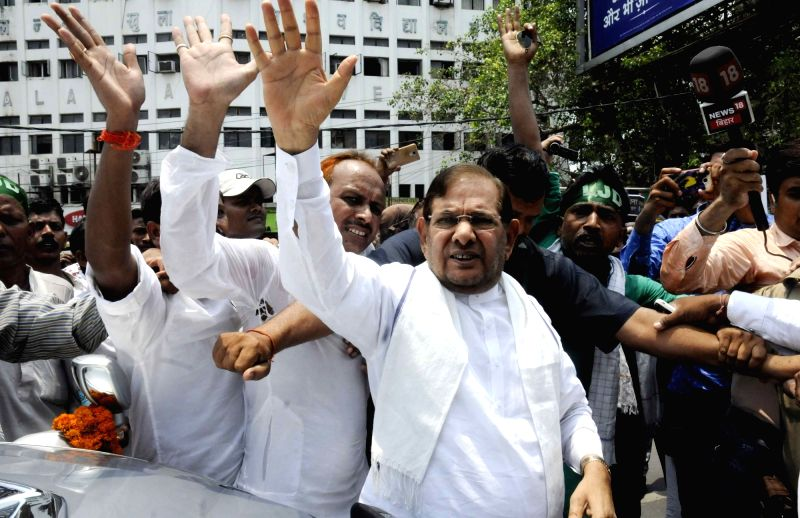 Loktantrik Janata Dal leader Sharad Yadav leads a demonstration against hike in fuel prices in Patna on June 11, 2018. - Sharad Yadav