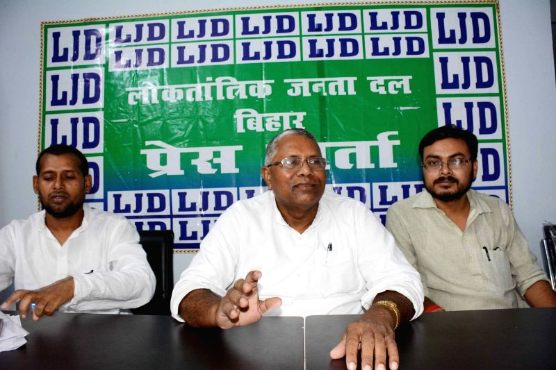 Loktantrik Janata Dal (LJD) leader Uday Narayan Chaudhary addresses a press conference in Patna on Aug 11, 2018. - Uday Narayan Chaudhary