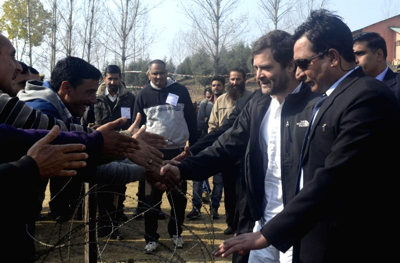 Congress vice president Rahul Gandhi interacts with public during a rally in Lolab of Kupwara, Jammu and Kashmir ahead of assembly polls on Nov 25, 2014.