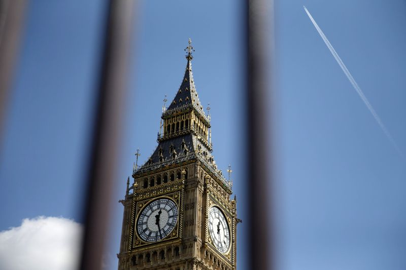 "LONDON, April 19, 2017 (Xinhua) -- Photo taken on April 19, 2017 shows a general view of the ""Big Ben"" in London, Britain. The British House of Commons on Wednesday approved Prime Minister Theresa May's call for an early general election on June 8.(X"