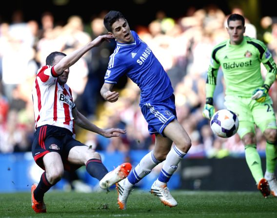 Demba Ba and Fernando Torres (R) of Chelsea look dejected after Sunderland scores second goal during the Barclays Premier League match between Chelsea and ...