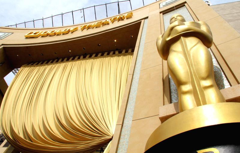 Los Angeles (California): Jin sculpture erected in Hollywood Dolby Theatre entrance. The 87th Academy Awards ceremony will be held at the Dolby Theatre in Hollywood on February 22.