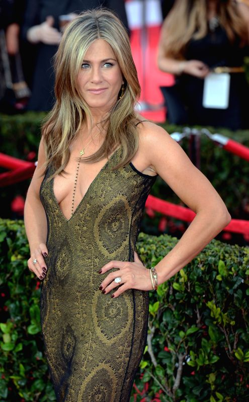 Los Angeles (US): Actress Jennifer Anistonat the  American Actors Guild Awards held at the Shrine Auditorium in Los Angeles, US on Jan 26, 2015. - Jennifer Anistonat