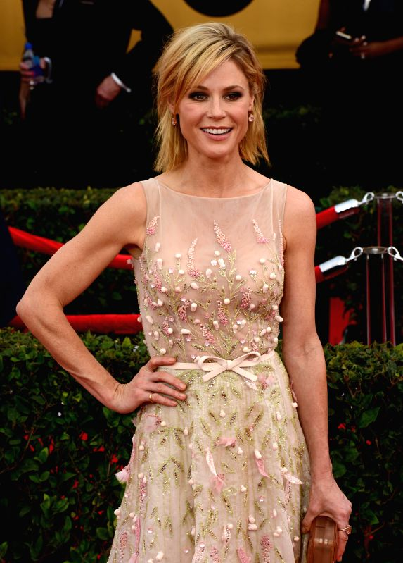 Los Angeles (US): Actress Julie Bowen at the  American Actors Guild Awards held at the Shrine Auditorium in Los Angeles, US on Jan 26, 2015. - Julie Bowen