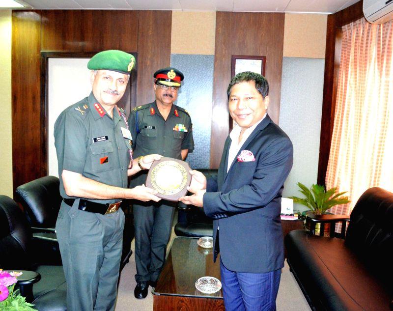 Lt Gen A Chakravarty, VSM, DG NCC calls on Meghalaya Chief Minister Dr Mukul Sangma  in Shillong on Aug 6, 2014. - D