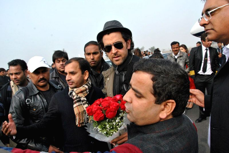 Actor Hrithik Roshan arrives to attend the closing ceremony of 'Saifai Mahotsav' in Lucknow on Jan 8, 2015. - Hrithik Roshan