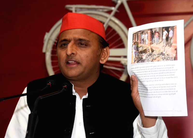 Lucknow: Samajwadi Party leader Akhilesh Yadav addresses a press conference in Lucknow on Feb 12, 2019. (Photo: IANS)