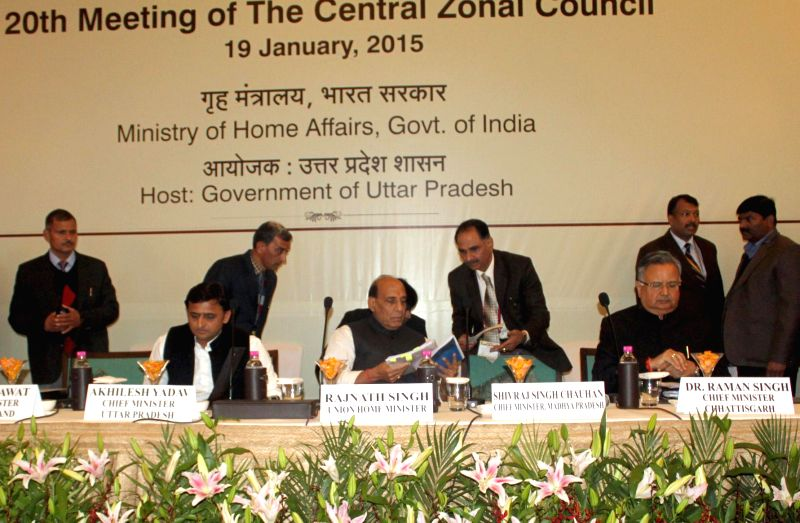 Union Home Minister Rajnath Singh chairs the 20th Meeting of the Central Zonal Council in Lucknow on Jan 19, 2015. Also seen Uttar Pradesh Chief Minister Akhilesh Yadav and Chhattisgarh ... - Akhilesh Yadav and Raman Singh