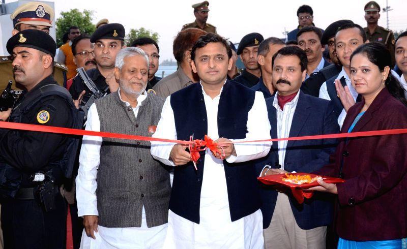 Uttar Pradesh Chief Minister Akhilesh Yadav inaugurates 'Lucknow Mahotsav' in Lucknow, on Nov 25, 2014. - Akhilesh Yadav
