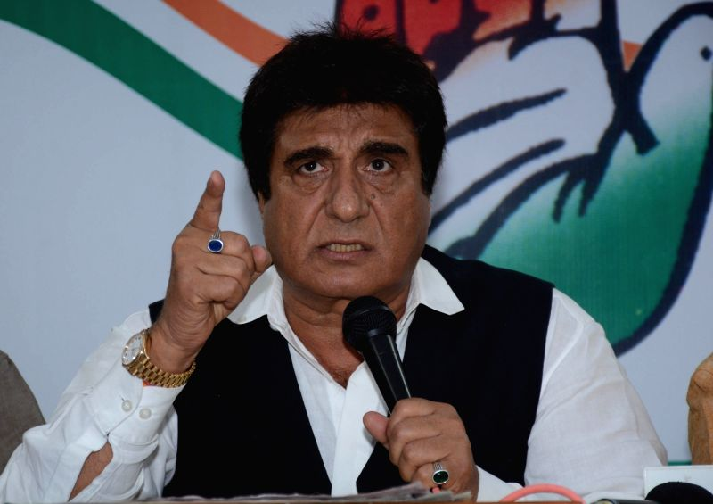 Lucknow: Uttar Pradesh Congress chief Raj Babbar addresses a press conference in Lucknow on Aug 13, 2017.