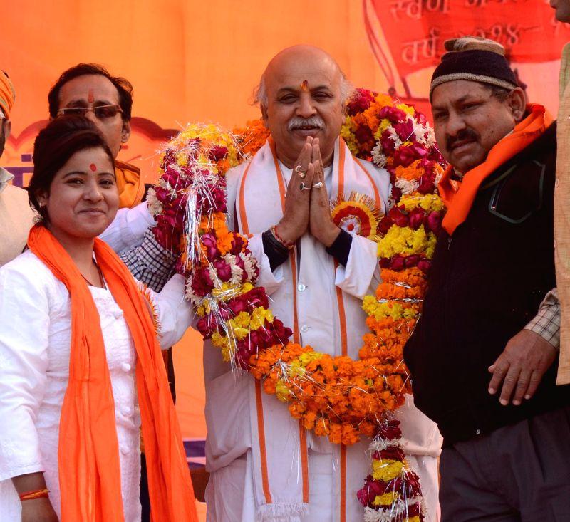 VHP leader Praveen Togadia during `Virat Hindu Sammelan` in Lucknow, on Jan 18, 2015.