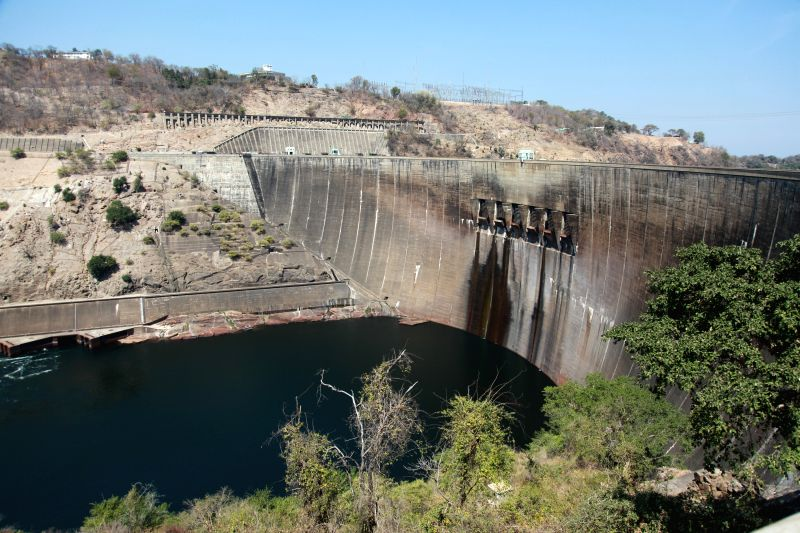 Photo taken on Aug. 21, 2014 shows the general view of the dam of Kariba hydropower station in Zambia. The constructor China's Sinohydro Corporation delivered ...