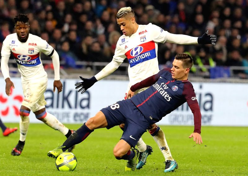 LYON, Jan. 22, 2018 - Mariano Diaz (top) of Lyon competes with Giovani Lo Celso from Paris Saint-Germain during the match between Paris Saint-Germain and Lyon of French Ligue 1 2017-2018 season 22nd ...