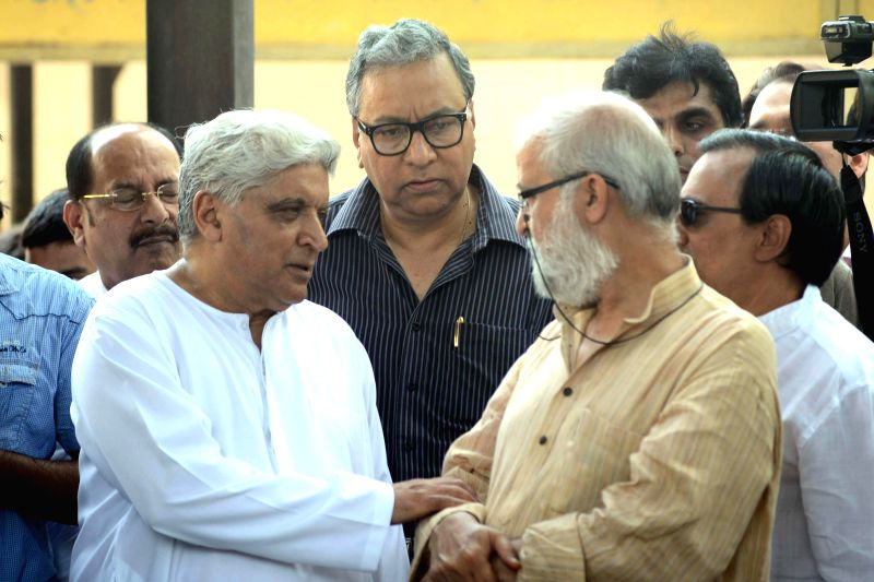 Lyricist Javed Akhtar at the funeral of veteran actress Zohra Sehgal who died at the age of 102 years yesterday (on 10th July 2014), in New Delhi on July 11, 2014. - Javed Akhtar