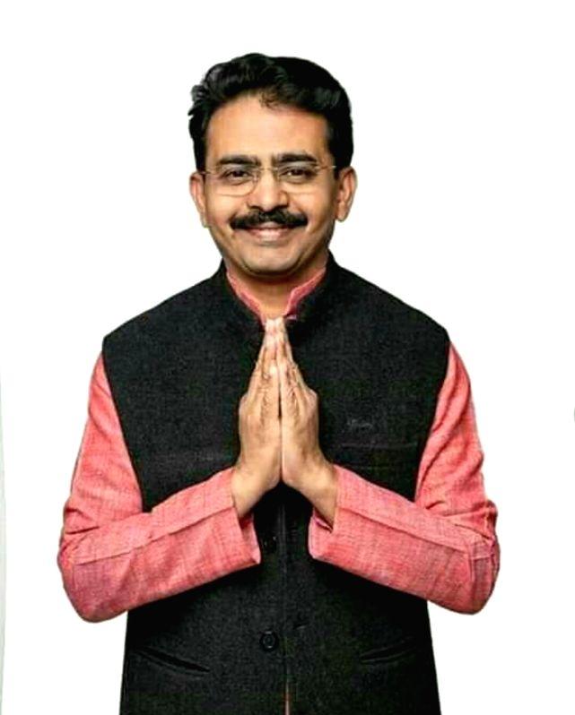 Maha pays rich tributes to Congress MP Rajeev Satav (Ld)