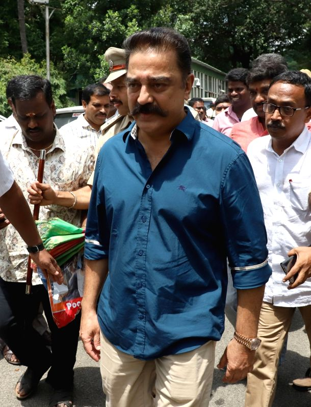Makkal Needhi Maiam chief Kamal Haasan arrives to address the media after meeting Karnataka Chief Minister H.D. Kumaraswamy, in Bengaluru on June 4, 2018. - H.