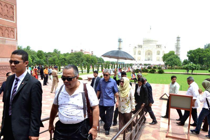 Malaysian Deputy Prime Minister Ahmad Zahid Hamidi visits the Taj Mahal in Agra on July 20, 2016. - Ahmad Zahid Hamidi
