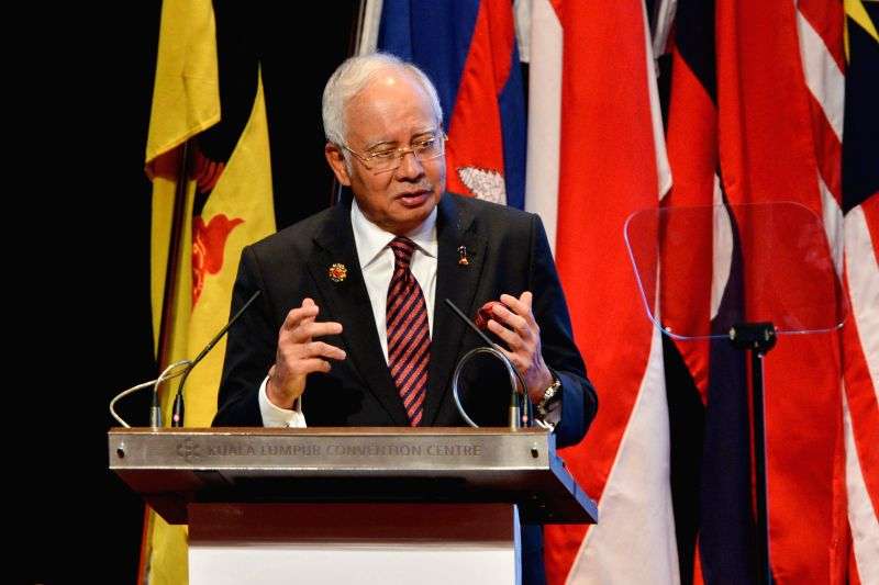 Malaysian Prime Minister Najib Razak speaks during the closing ceremony of the 27th Association of Southeast Asian Nations (ASEAN) Summit in Kuala Lumpur, ... - Najib Razak