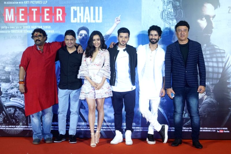 Managing Director of T-Series Bhushan Kumar, director Shree Narayan Singh, actors Shahid Kapoor, Shraddha Kapoor, Divyendu Sharma and music director Anu Malik at the trailer launch of their ... - Shree Narayan Singh, Shahid Kapoor, Shraddha Kapoor, Divyendu Sharma, Malik and T-Series Bhushan Kumar