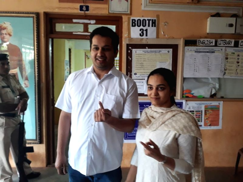 Mapusa: Utpal Parrikar, son of Late Goa Chief Minister Manohar Parrikar shows his inked finger after casting his vote for the third phase of 2019 Lok Sabha elections in North Goa's Mapusa, on April 23, 2019.