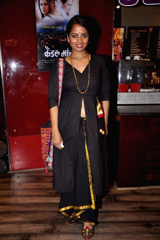 Marathi film actress Smita Tambe during the premiere of Marathi film Candle March in Mumbai, on Dec 5, 2014. - Smita Tambe