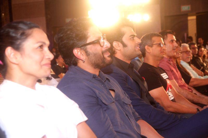 Maria, Arshad Warsi, Manish Paul, Parmeet Sethi, Naseeruddin Shat at Ghanta Awards - Arshad Warsi