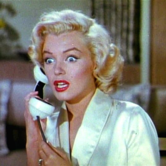 Marilyn Monroe in the role of a 'dumb blonde' she became known for