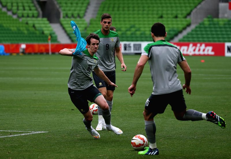 Socceroo players attend a training session at the Melbourne Rectangular Stadium (MRS) for the AFC Asian Cup ahead of the first match against Kuwait in Melbourne, ..