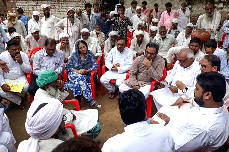 Members of the Social Democratic Party of India meet family members of Rakbar Khan, victim of Alwar mob lynching, in Ajmer, on July 27, 2018. - Rakbar Khan