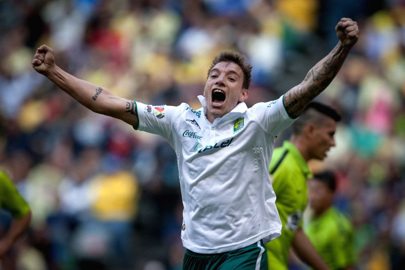 Leon's Jonathan Botinelli celebrates a goal during the match corresponding to the Day 1 of the Closing Tournament 2015 of MX League against America, in the ...